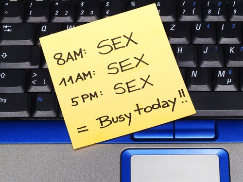 post it note with sex schedule, busy