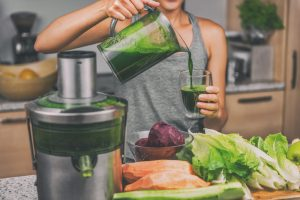 Should I try a Juice Cleanse? The Pros and Cons